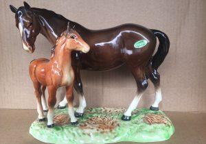 Beswick Mare and Foal Figurine 953